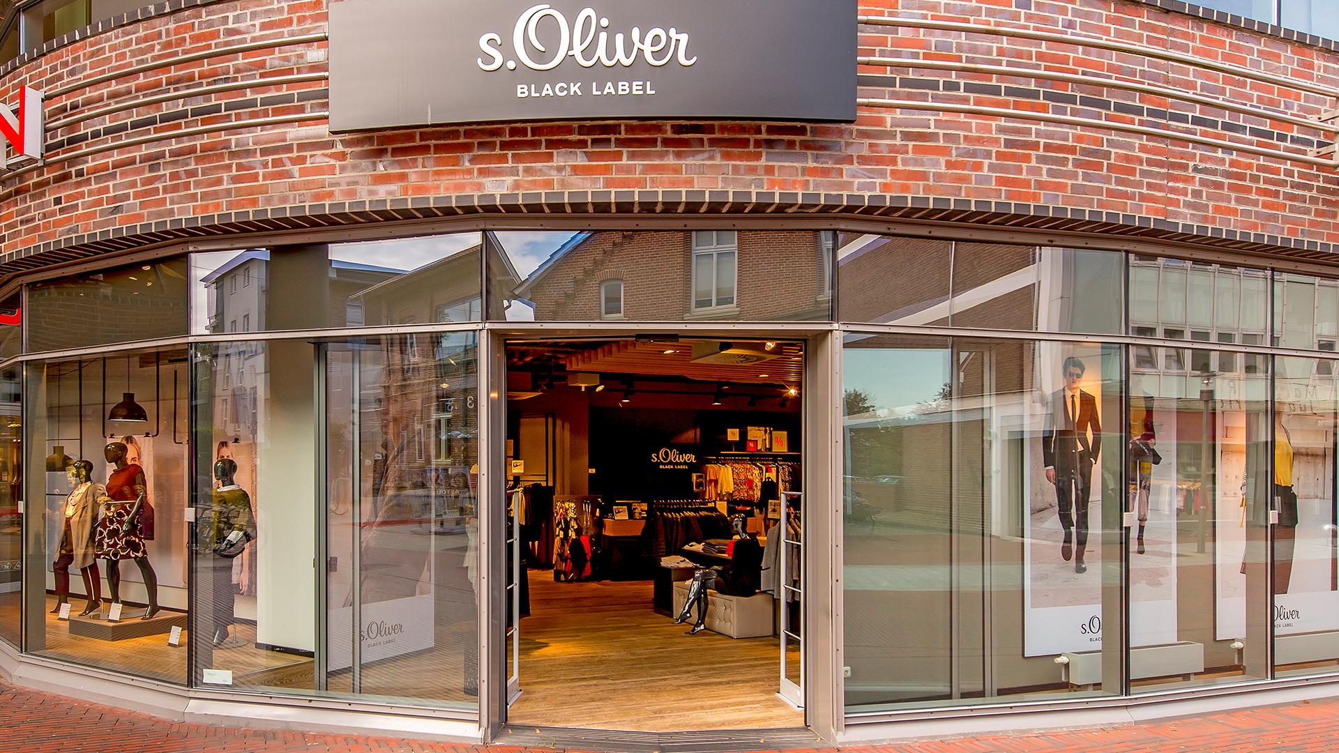 sale retailer 629b2 0b151 S.Oliver Black Label - LOOKENTOR - Die Shopping-Galerie im ...
