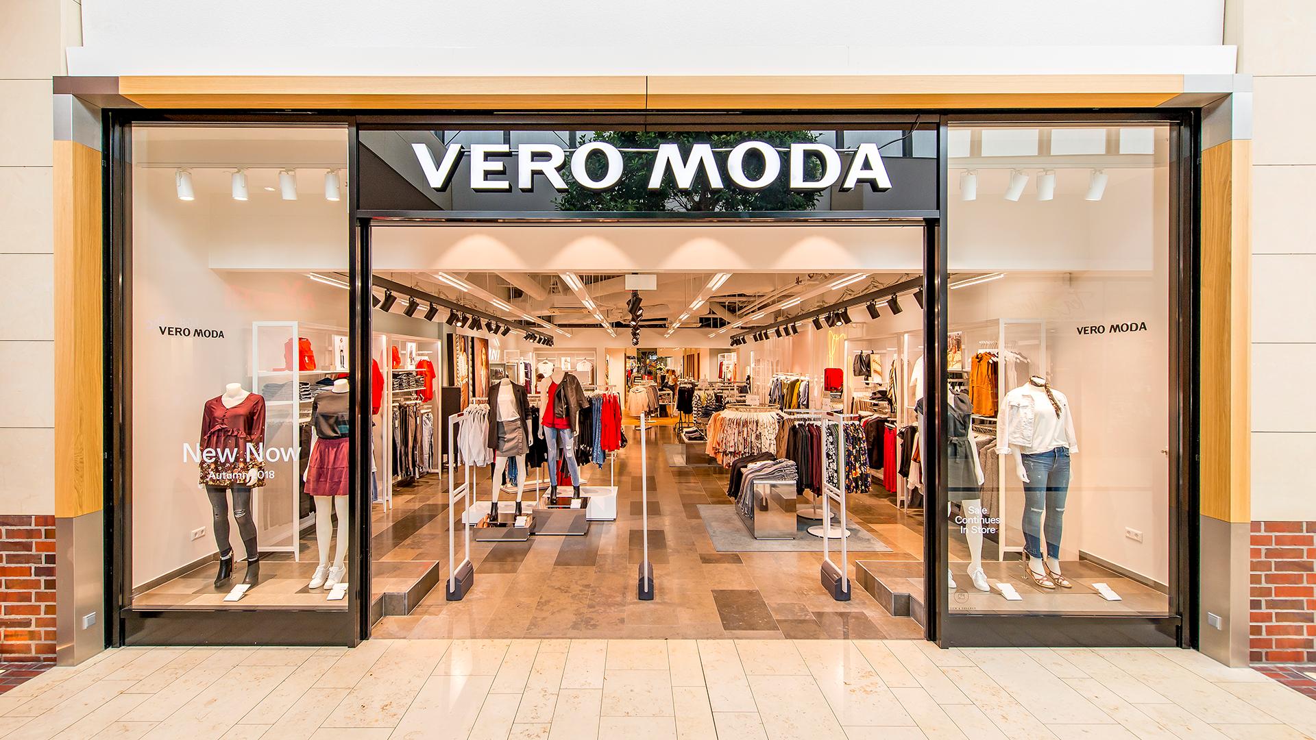 buy online 0ee95 b56e8 Vero Moda - LOOKENTOR - Die Shopping-Galerie im Herzen von ...